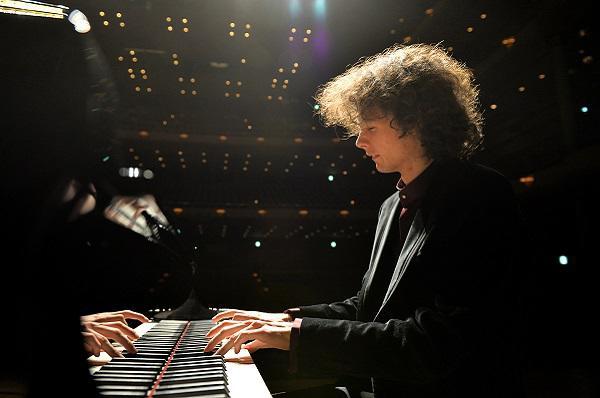 ジャン・チャクムル ピアノ・リサイタル